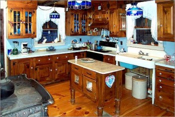 Custom Made Colonial Kitchen Cabinets