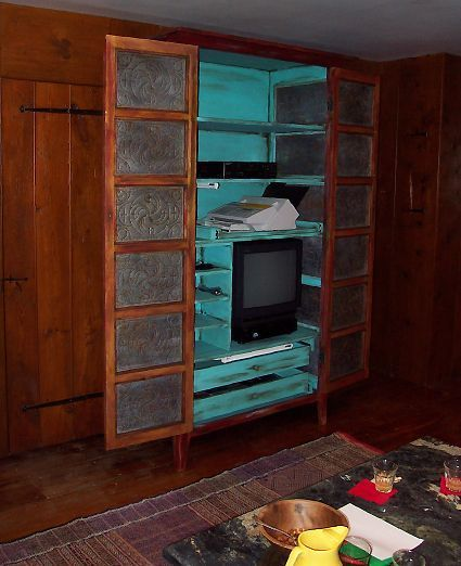 Early Settler's Rustic Food Cupboard / Entertainment Center