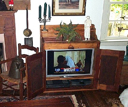 Reclaimed Fir Wood Wash Stand / TV Cupboard