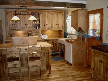 Early American Butternut Custom Kitchen